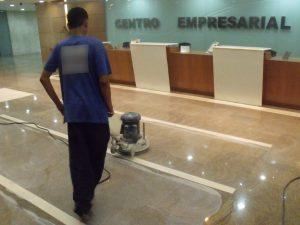 limpeza-granito-1-tratada